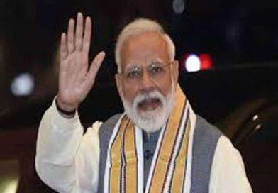71 साल के हुए पीएम मोदी, राष्ट्रपति और अमित शाह संग कई बॉलीवुड सेलेब्स ने दी बधाई